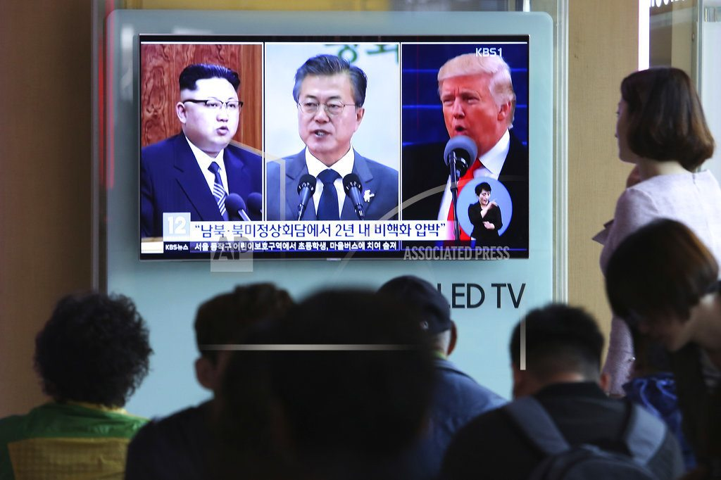 SEOUL, South Korea | Korean leaders can discuss peace, but can't end Korean War
