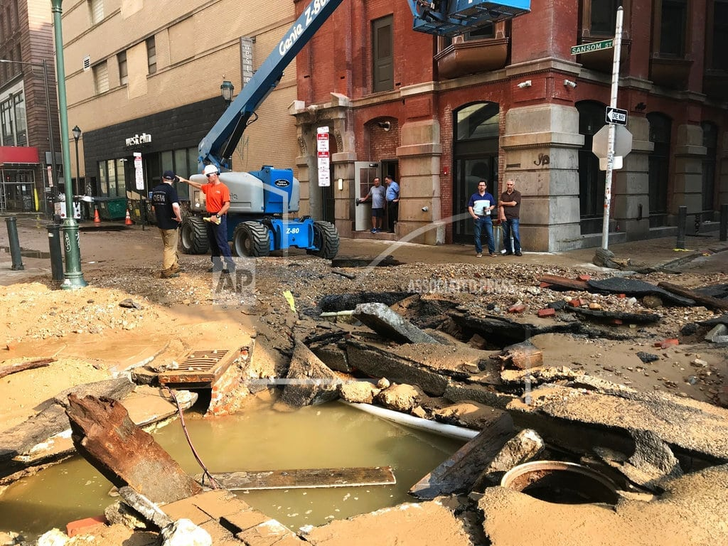 PHILADELPHIA | Water main break floods Philly, leaves behind muddy mess