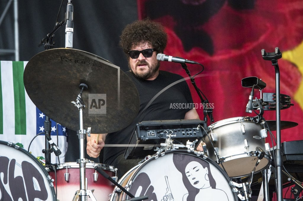 NASHVILLE, Tenn | Producer, musician Richard Swift of The Shins dies at age 41