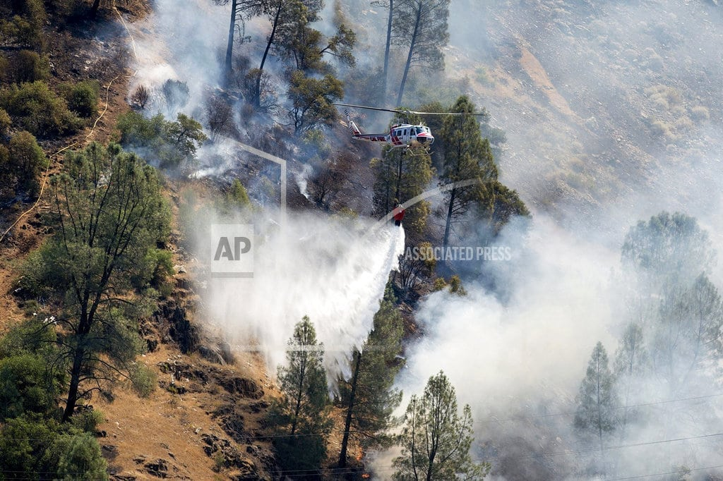 MARIPOSA, Calif | Deadly fire shuts down key route to Yosemite National Park