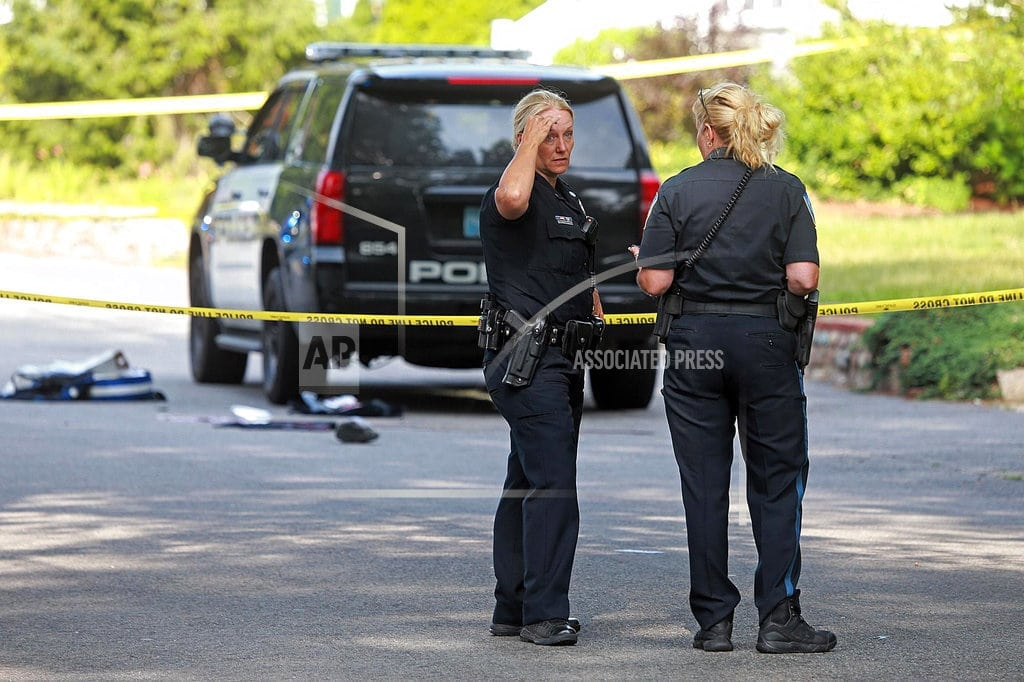 BOSTON | Police officer, bystander die from gunshot wounds