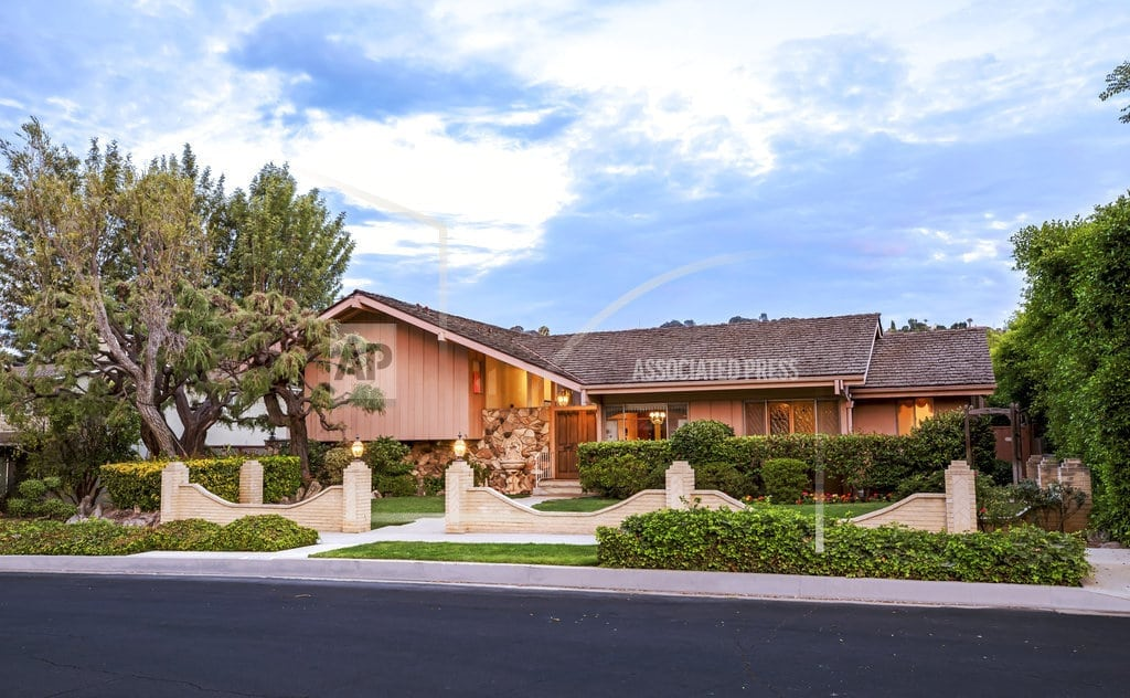 LOS ANGELES | 'Brady Bunch' house for sale for nearly $1.9M