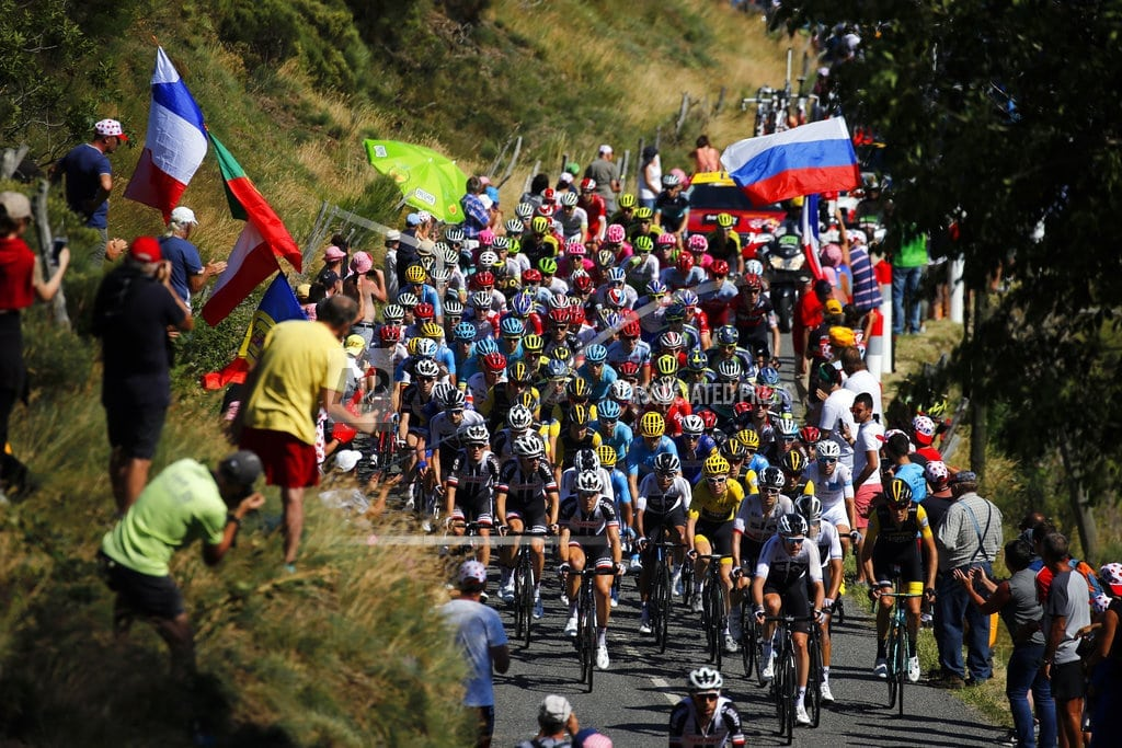 MENDE, France | Thomas and Froome remain 1-2 in Tour after hilly 14th stage