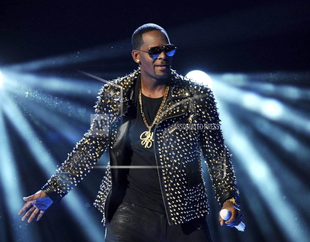NEW YORK | R. Kelly sings about troubles in revealing 19-minute song