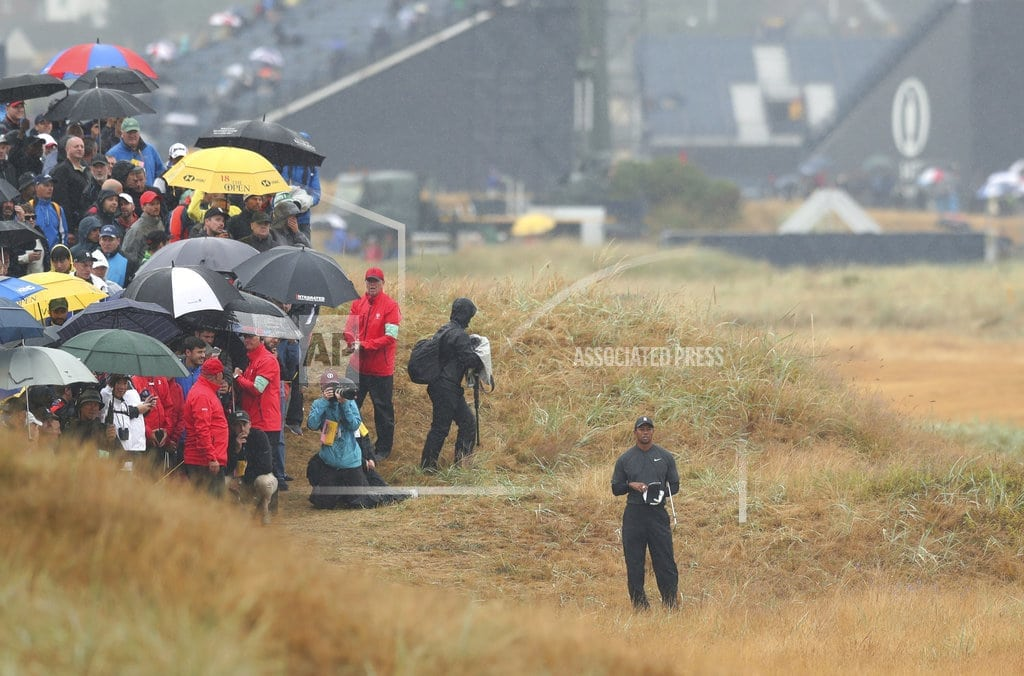 CARNOUSTIE,Scotland | The Latest: Fleetwood shoots 65 to move into lead in Open