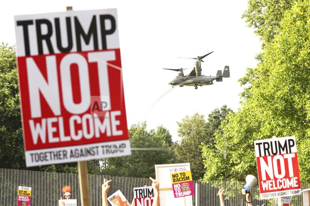 BLENHEIM PALACE, England   Trump brings his chaotic road show to Britain