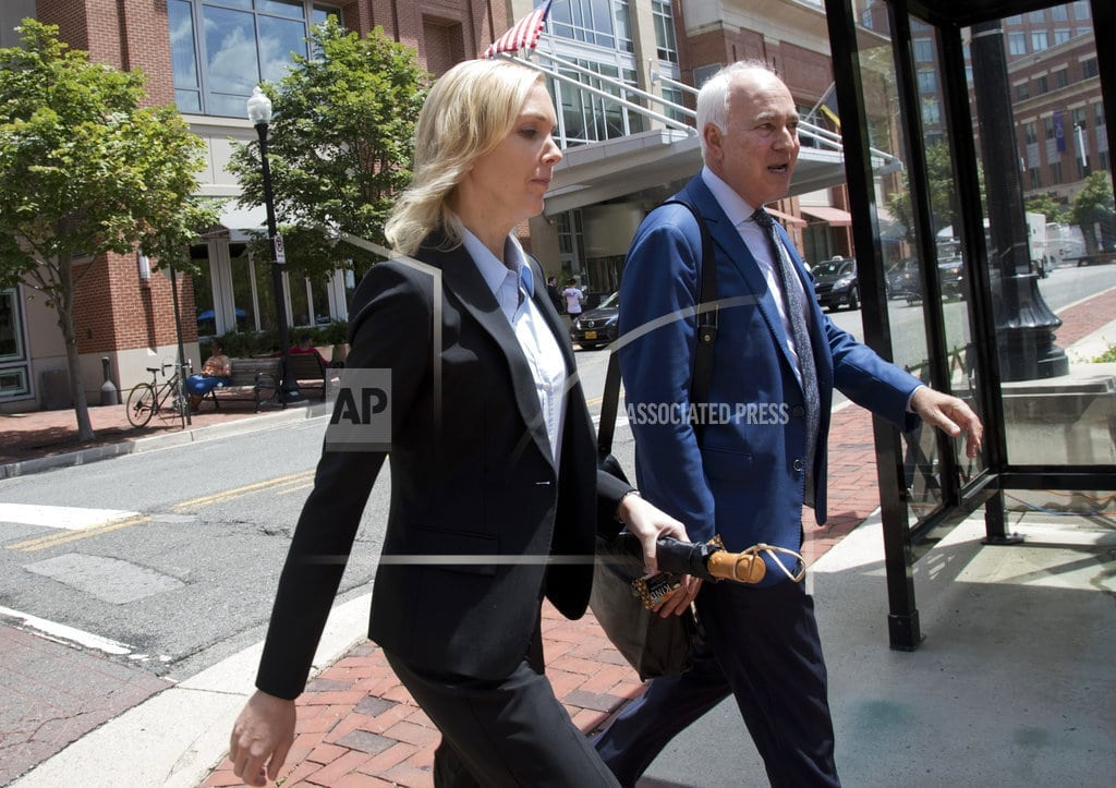 ALEXANDRIA, Va.   Bookkeeper: Manafort didn't disclose foreign accounts to her