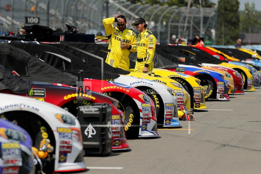 WATKINS GLEN, N.Y. | The Latest: Chase Elliott wins 2nd stage at Watkins Glen