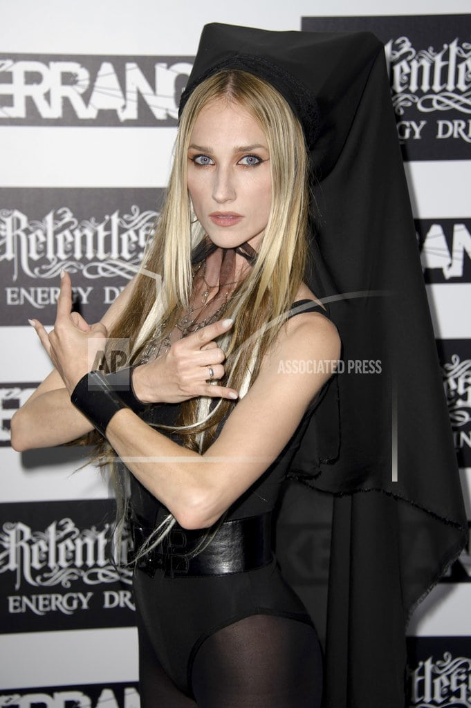 PORTLAND, Ore. | Jill Janus, singer of the metal band Huntress, dies at 43
