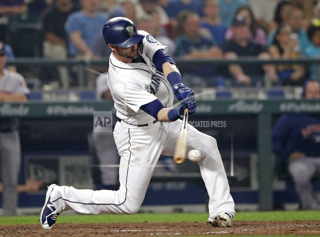 SEATTLE | Cano homers late, lifts Mariners to 7-4 win over Astros