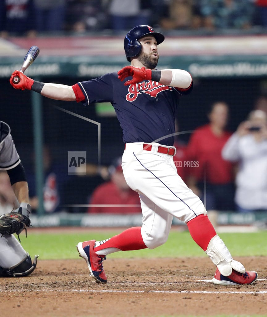 CLEVELAND   Kipnis hits grand slam in 9th, Indians beat White Sox 4-1