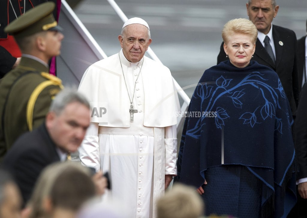 VILNIUS, Lithuania | Pope opens Baltics pilgrimage with plea for tolerance