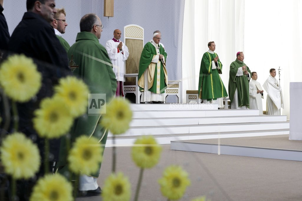 KAUNAS, Lithuania | Pope warns Lithuanians to guard against anti-Semitism