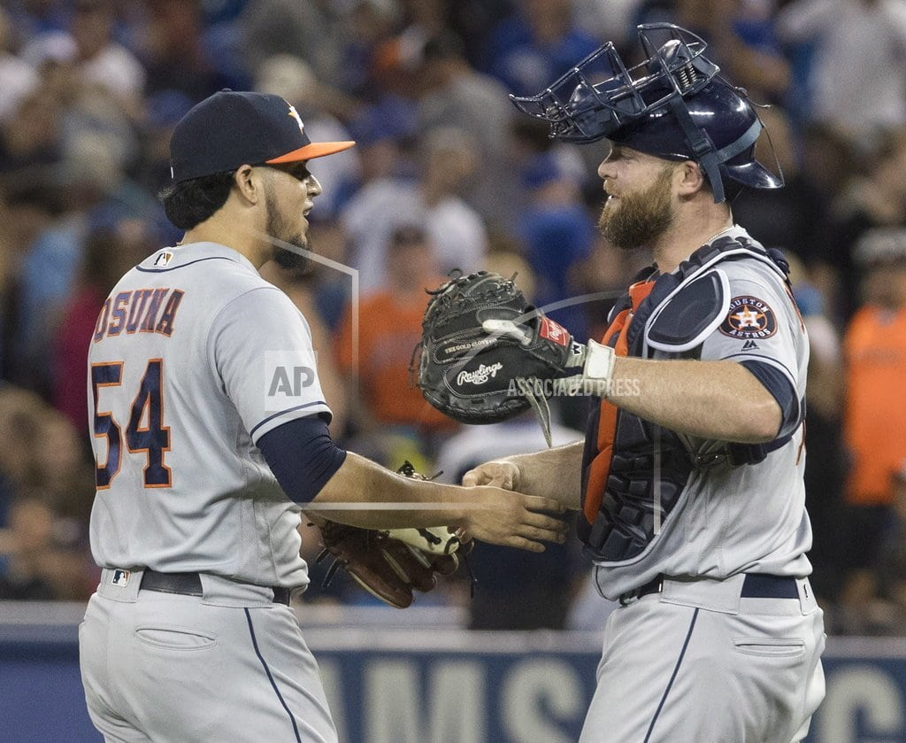 LEADING OFF: Astros, Cubs can clinch; Wright makes comeback