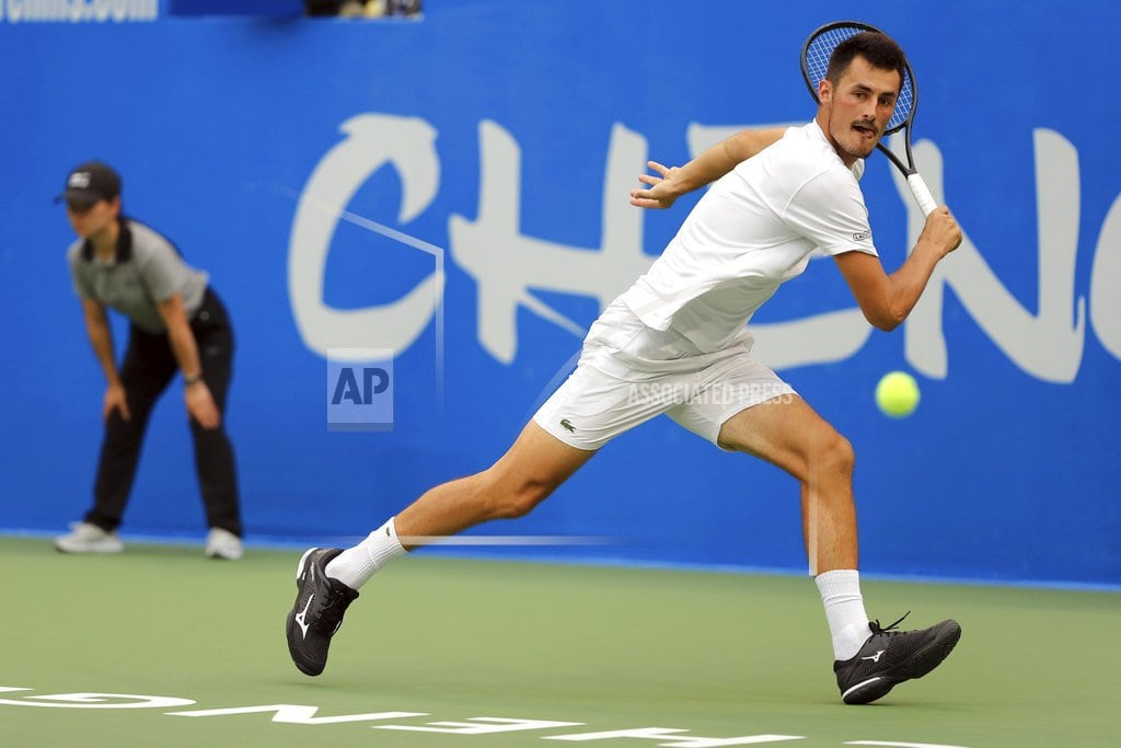 CHENGDU, China | Tomic upsets top-seeded Fognini to win Chengdu Open