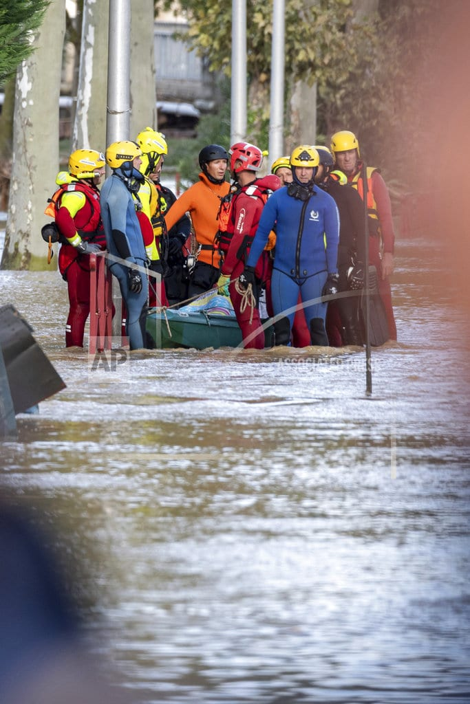 PARIS | Southern France flood toll rises to 13; many elderly victims