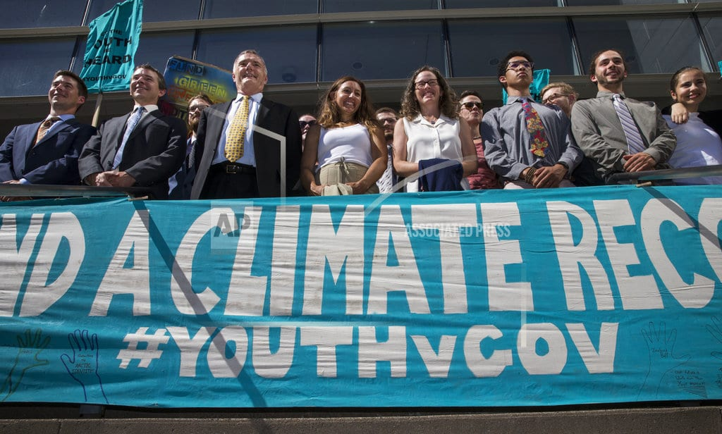SEATTLE | US temporarily stops youth climate lawsuit days before trial