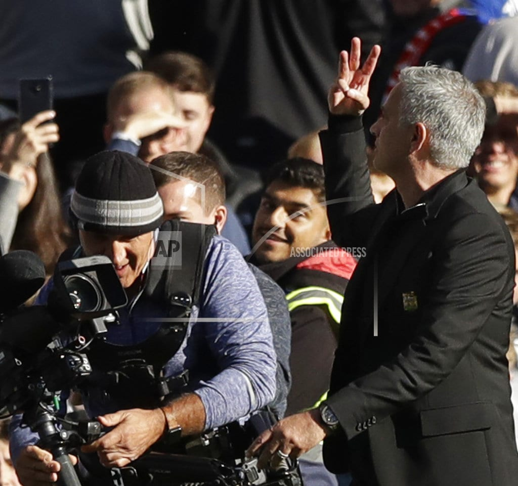 Box-office Mourinho center of attention again in EPL