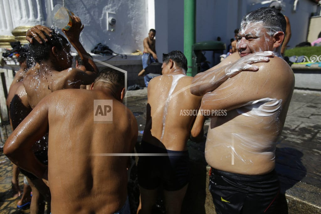 TAPACHULA, Mexico   Caravan of migrants grows ahead of push to US border
