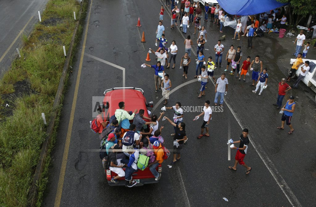 WASHINGTON | As caravan moves north, Trump struggles with what to do