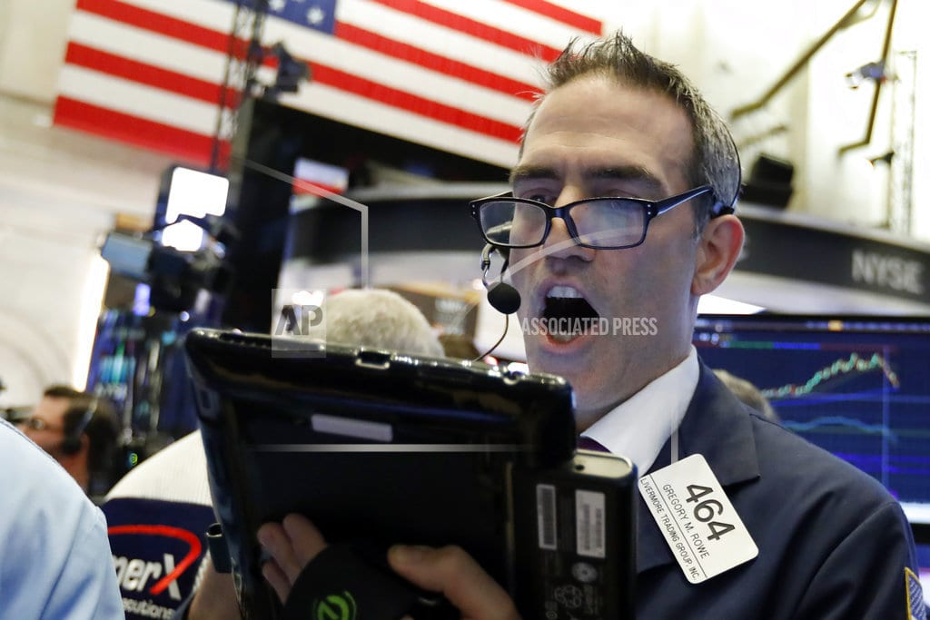 NEW YORK | Markets Right Now: US stocks erase much of an early swoon