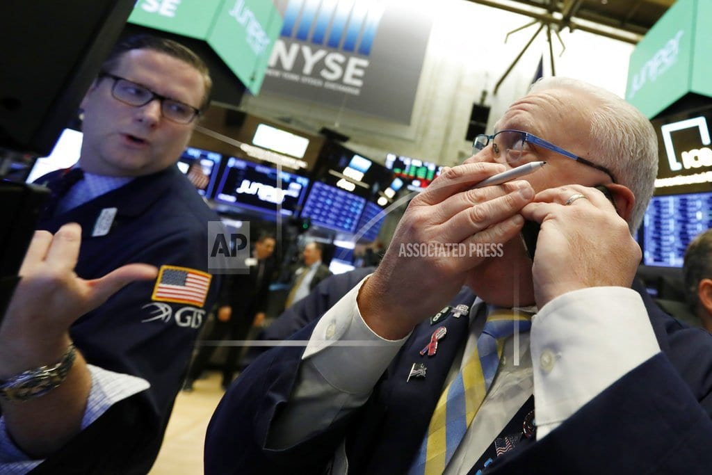 Energy companies lead US stocks lower after oil price plunge