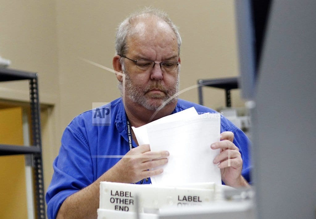 FORT LAUDERDALE, Fla   The Latest: Lawyers agree to more deputies at recount site