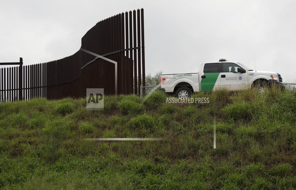 HOUSTON | US awards second border wall contract in Texas