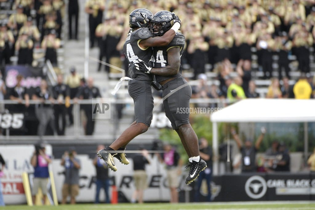 AP Top 25 Podcast: UCF forces its way to national prominence