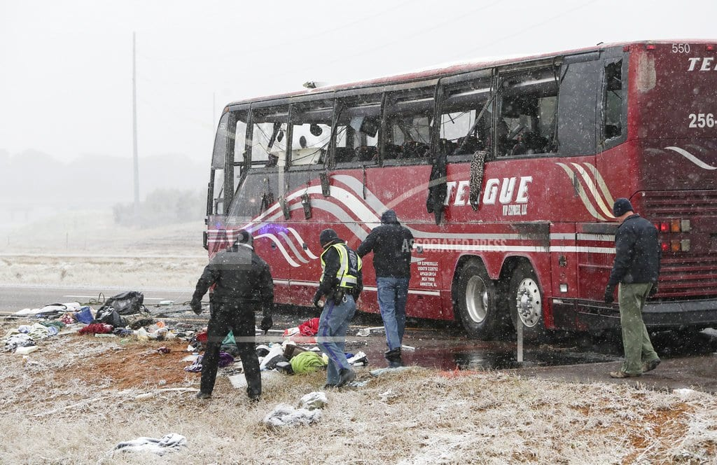 BYHALIA, Miss.| Icy roads cause 5 deaths as wintry weather blows east