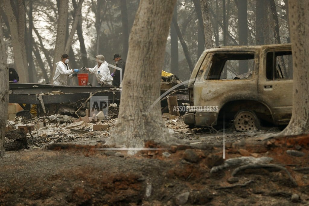 CHICO, Calif | The Latest: Hundreds from fire zone line up for federal aid