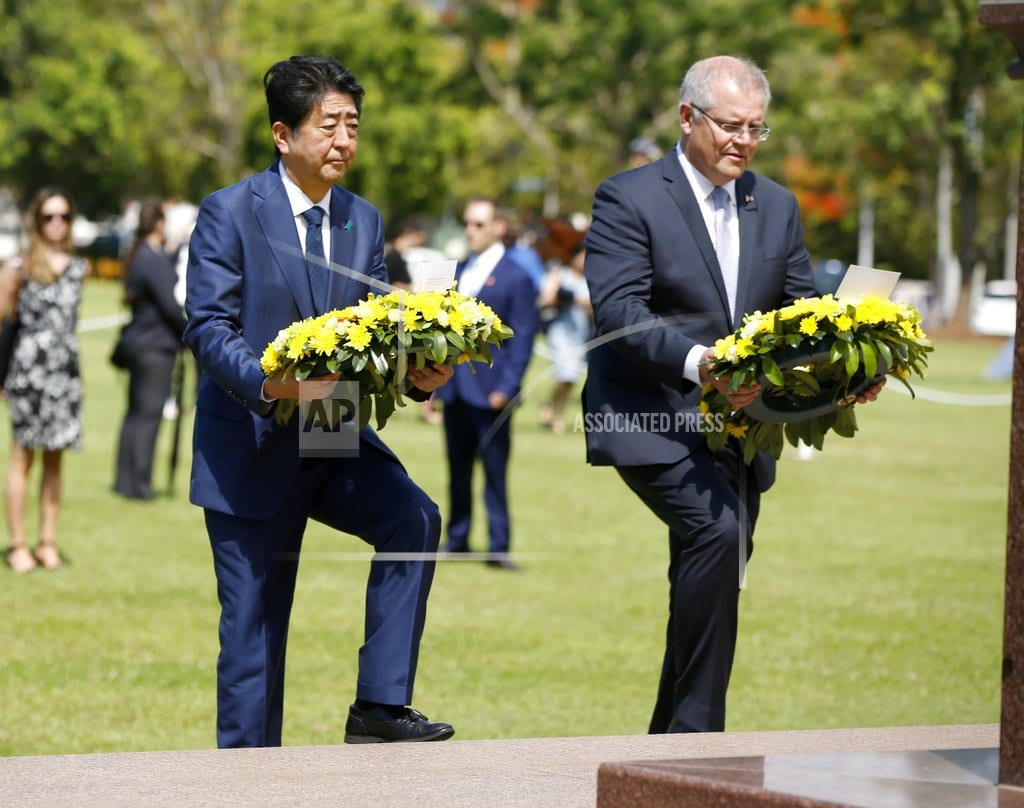 SYDNEY | Japanese PM Abe lays wreath in Australia city bombed in WWII