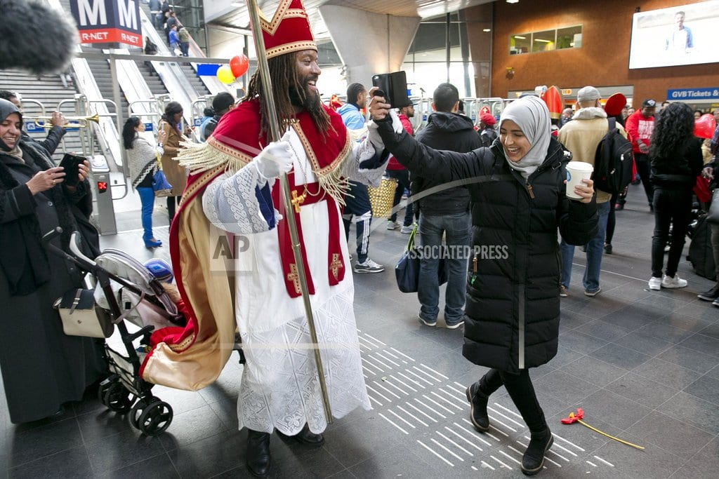 THE HAGUE, Netherlands | Supporters, opponents clash over Dutch character Black Pete