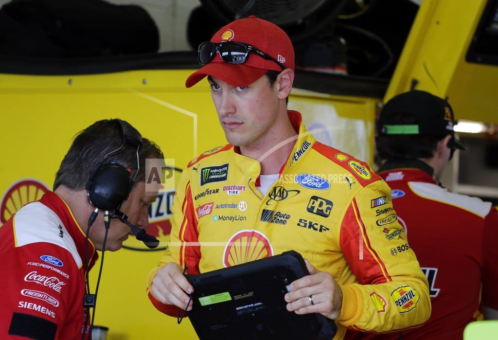 HOMESTEAD, Fla. | Kyle Busch leads title contenders in qualifying for finale