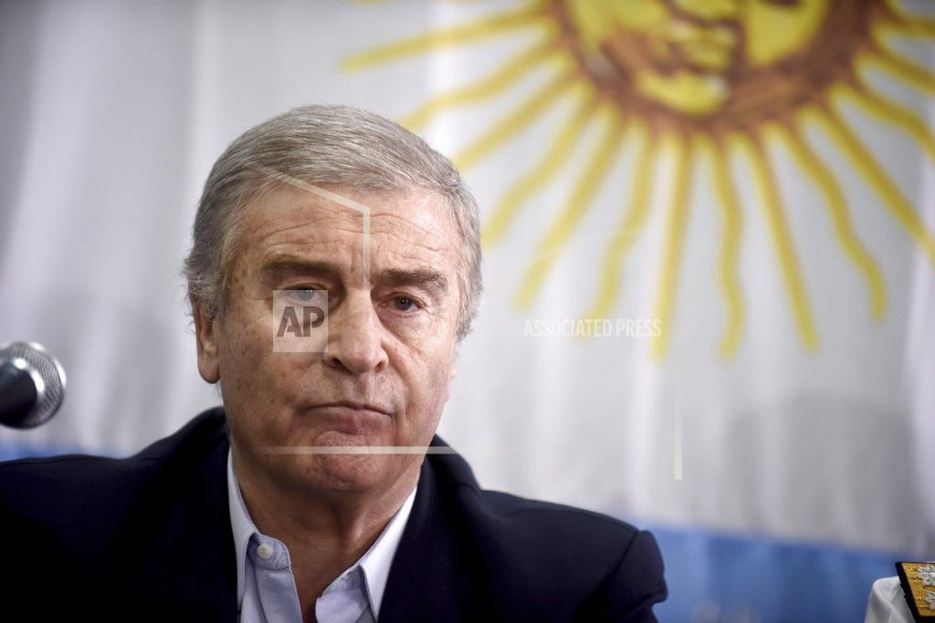 BUENOS AIRES, Argentina | Argentina minister says country without means to rescue sub