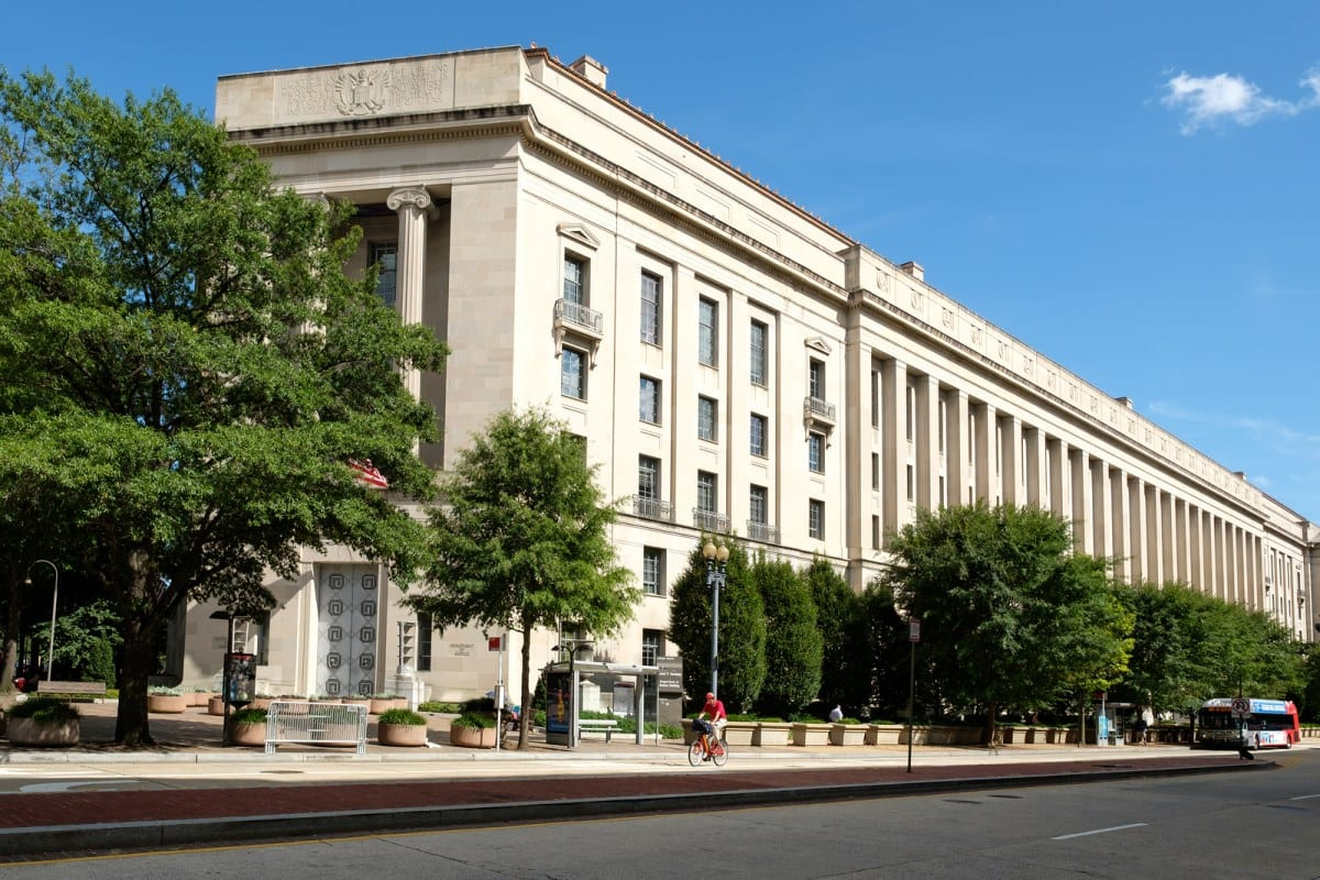Maryland News: Queen Anne's County Couple Sentenced To Federal Prison For Multi-State Crime Spree