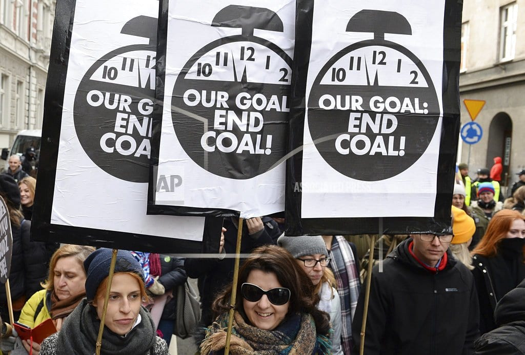KATOWICE, Poland  | Big investors call for carbon price, end to coal power