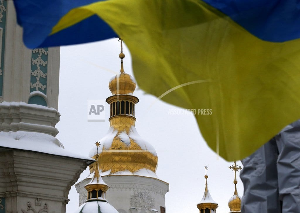 KIEV, Ukraine | Ukraine Orthodox leaders to approve break with Russia church