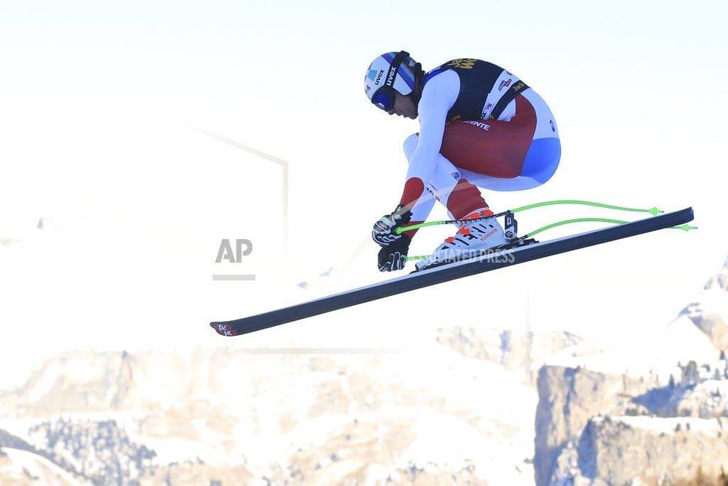 SELVA DI VAL GARDENA, Italy | Swiss ski team: No serious injury to Gisin's skull, spine