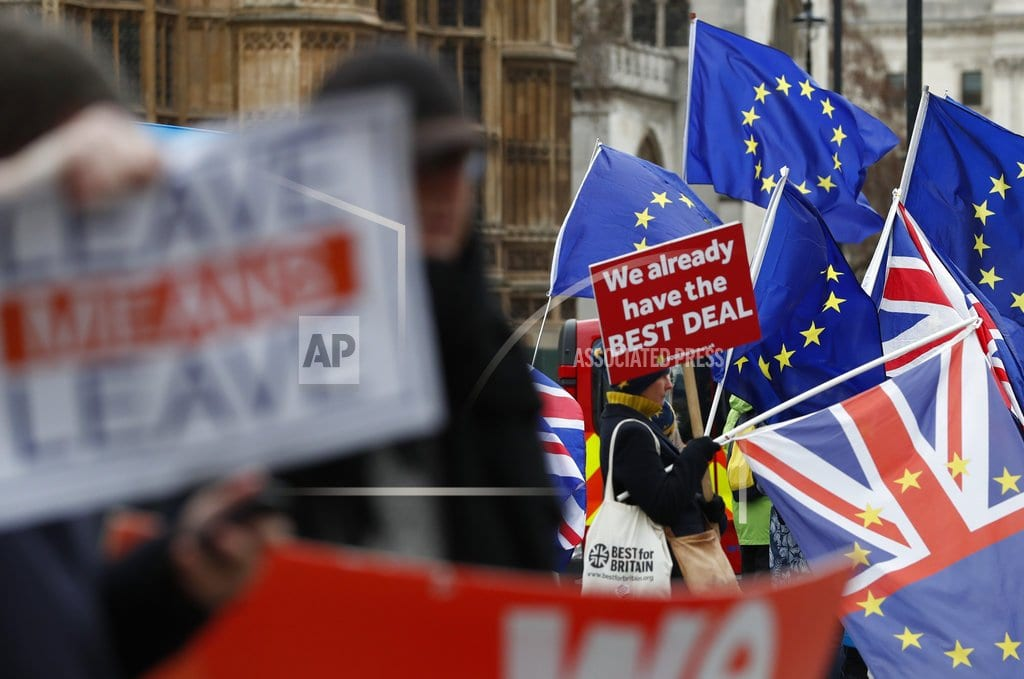 LONDON | The Latest: 3,500 troops to be on standby if no-deal Brexit