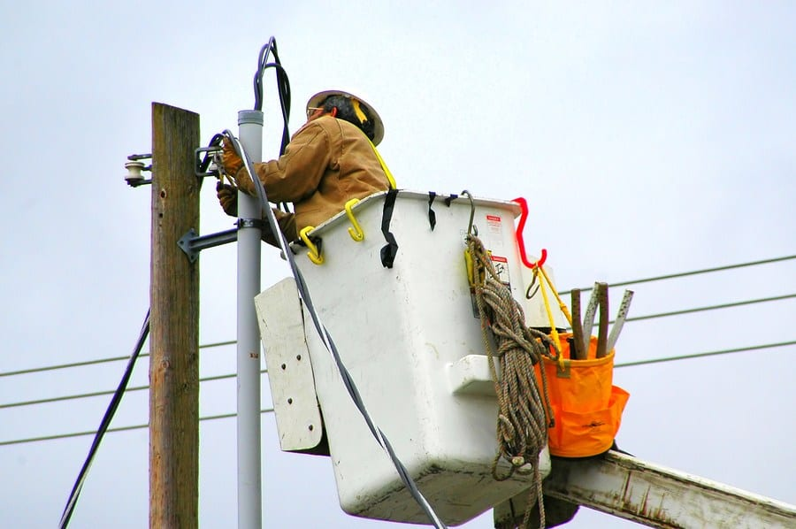 General News: Duke Energy workforce of 9,000 responding to power outages in the Carolinas