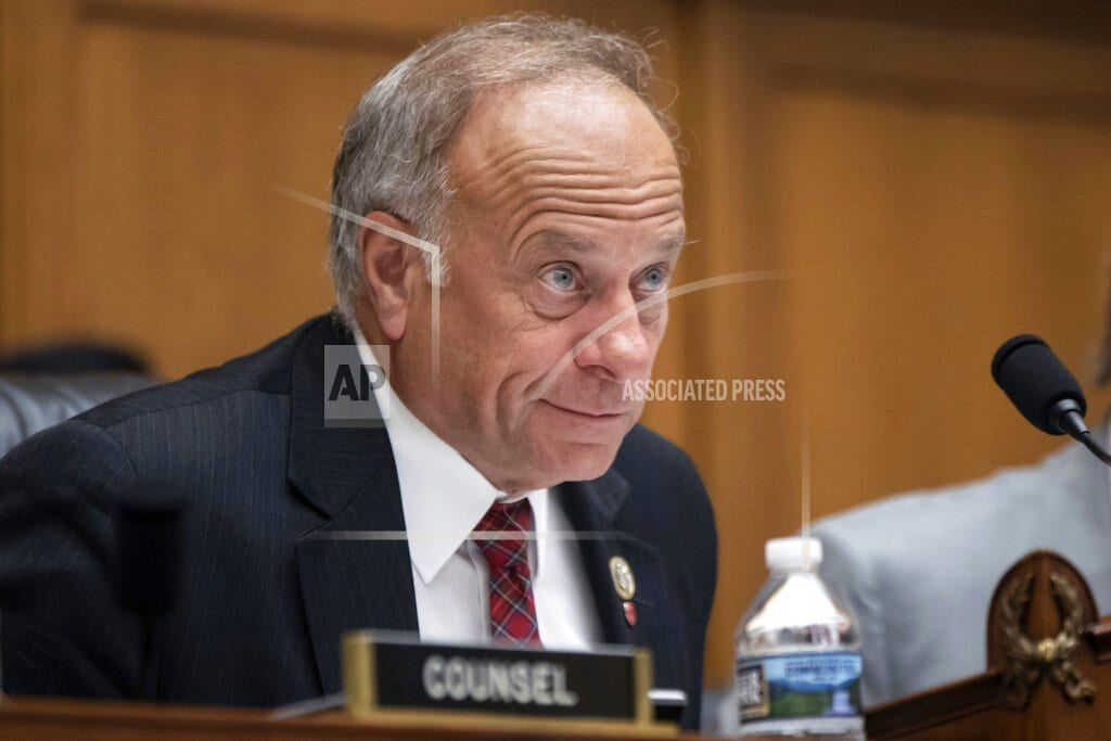 WASHINGTON | The Latest: House approves measure rebuking Rep. King