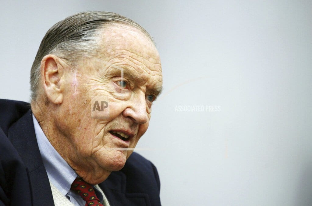 VALLEY FORGE, Pa | John Bogle dies at 89; fought for lower fees for investors