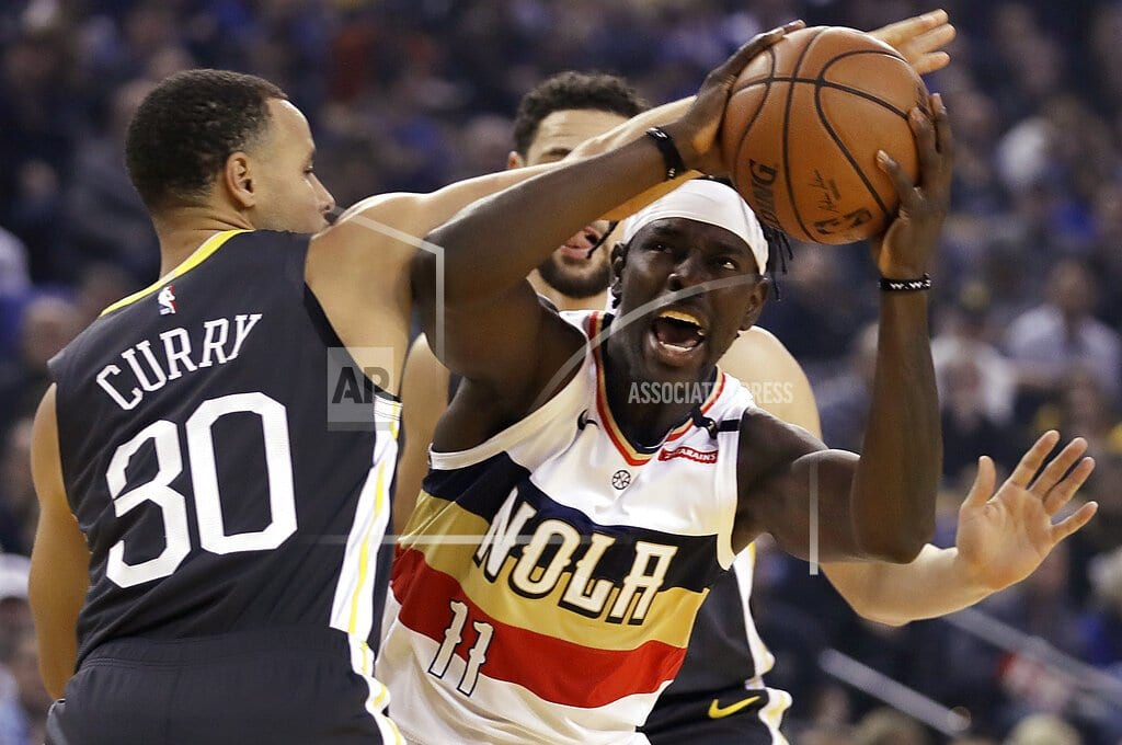 OAKLAND, Calif | Stephen Curry scores 41 points as Warrior hold off Pelicans