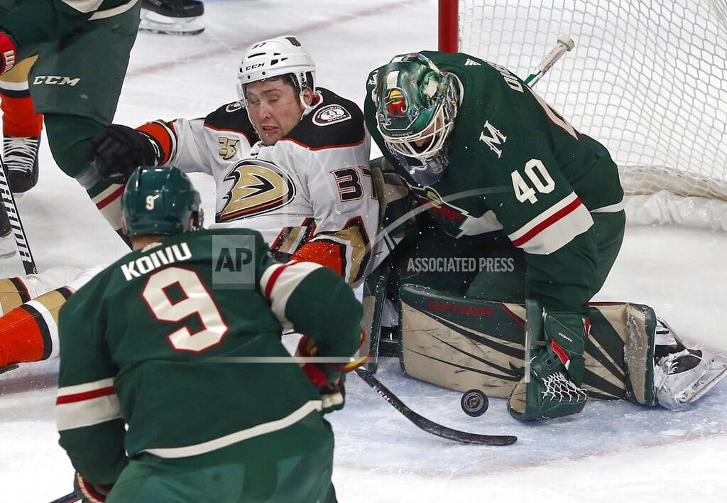 ST. PAUL, Minn | Re-tooled Ducks snap 12-game skid, top Wild 3-0