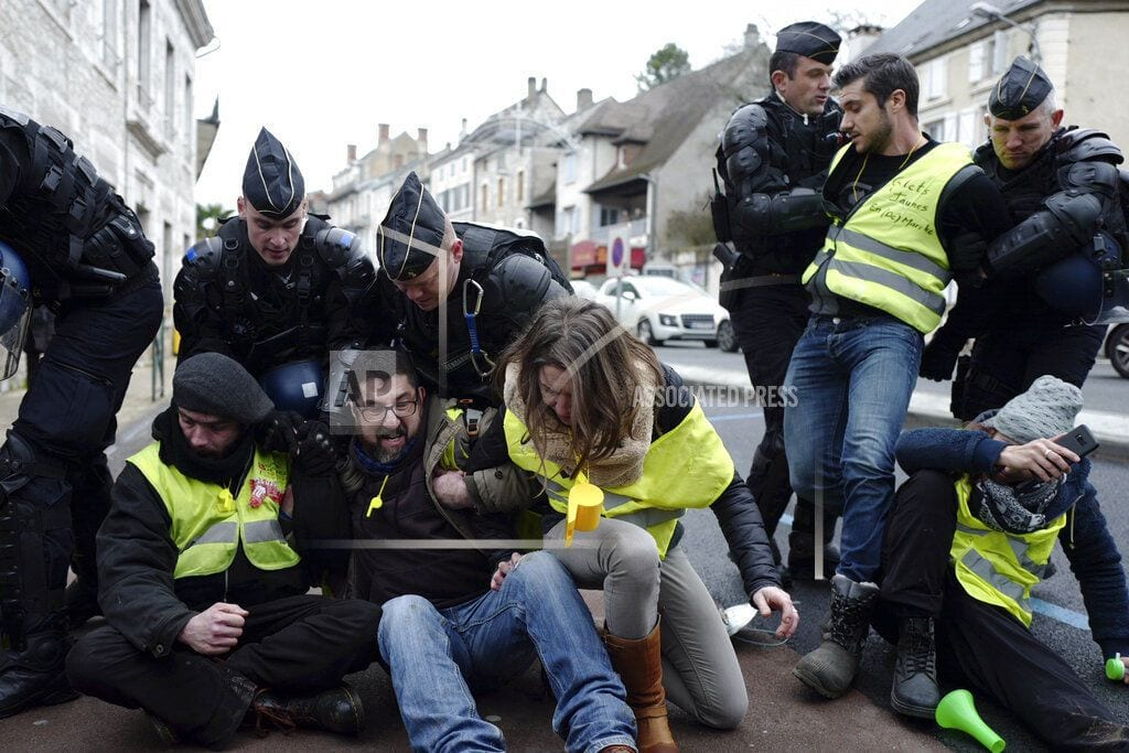 PARIS   French yellow vest protests planned despite Macron outreach