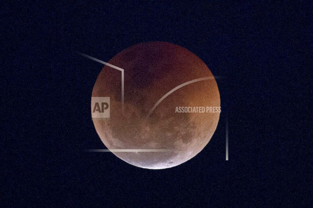 CAPE CANAVERAL, Fla. | Curtain rising Sunday night on total lunar eclipse