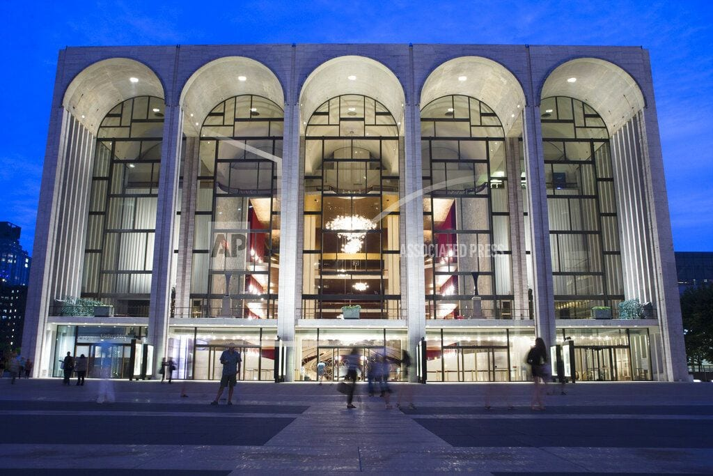 NEW YORK | Met Opera offers free tickets to federal employees