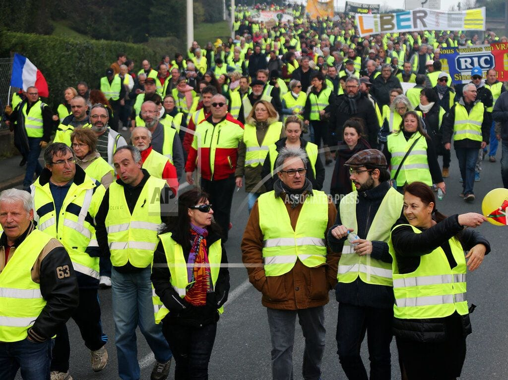 PARIS | French yellow vests protest despite Macron's outreach