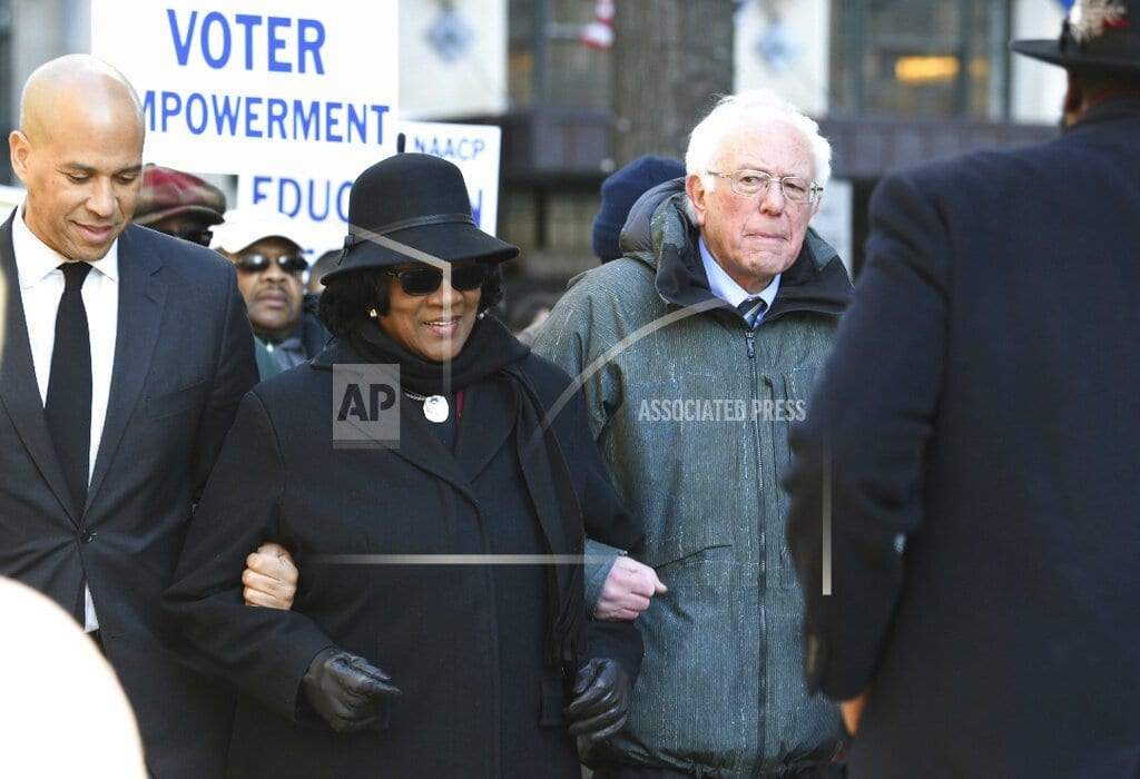 COLUMBIA, S.C | Sanders reaches out to black SC voters before 2020 decision
